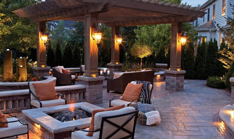 Must-Have Outdoor Living Comforts!